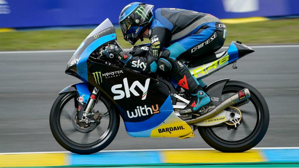 Vietti gana en Moto3, con Arenas tercero y otra vez líder