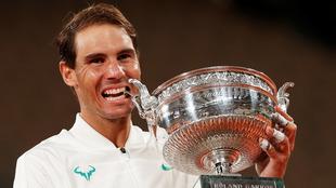 El español iguala el récord de Roger Federer.