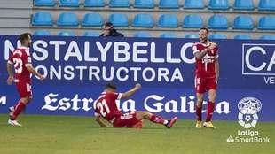 José Ángel Jurado celebra el primer gol del Cartagena en El Toralín