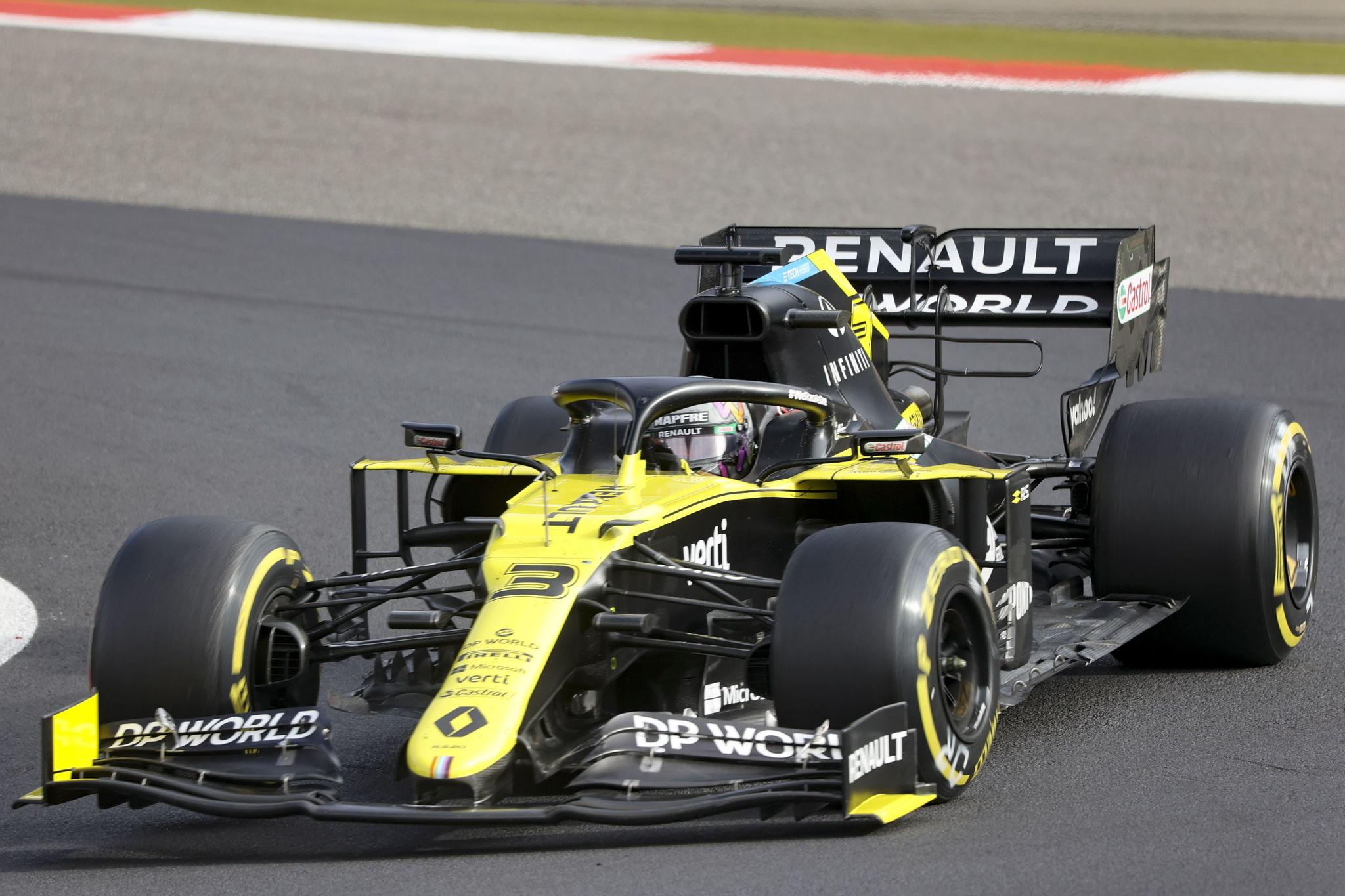 Nuerburg (Germany), 11/10/2020.- Australian Formula One driver Daniel lt;HIT gt;Ricciardo lt;/HIT gt; of Renault in action during the 2020 Formula One Eifel Grand Prix at the Nuerburgring race track in Nuerburg, Germany, 11 October 2020. (Fórmula Uno, Alemania) EFE/EPA/Wolfgang Rattay / Pool