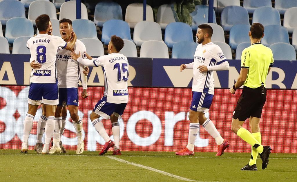 Narváez celebra con rabia el gol del triunfo del Zaragoza al Albacete