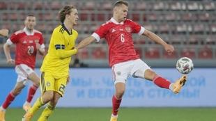 Cheryshev jugando contra Suecia.