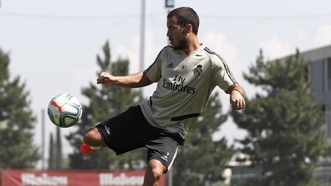 Hazard has two weeks to be fit for the Clasico