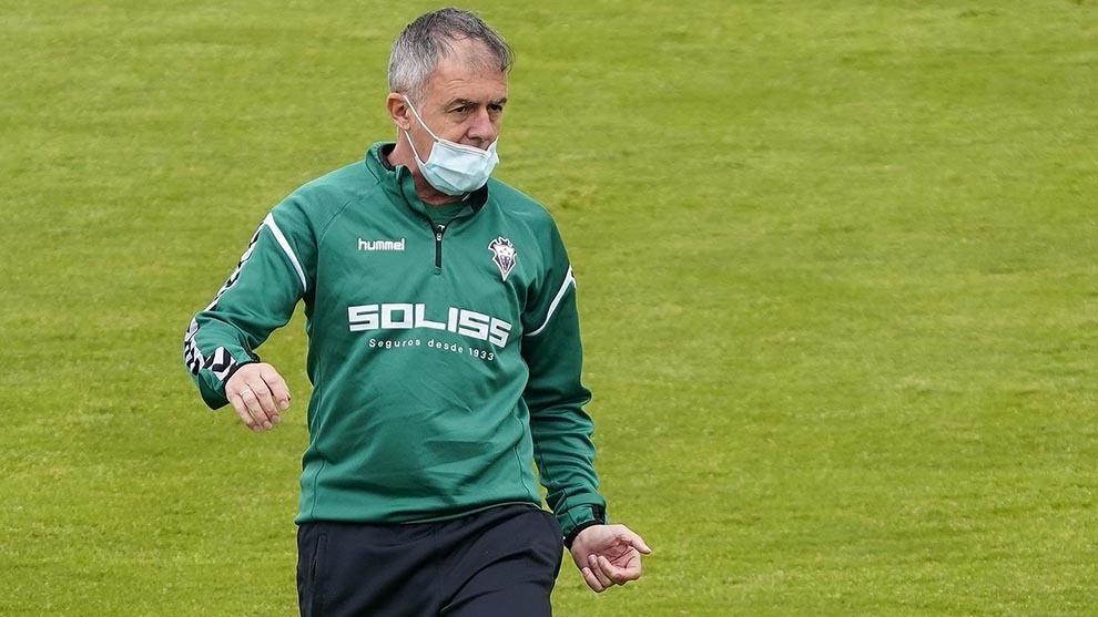 Lucas Alcaraz en un entrenamiento del Albacete.
