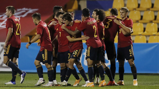 La Rojita celebra uno de los goles del partido.