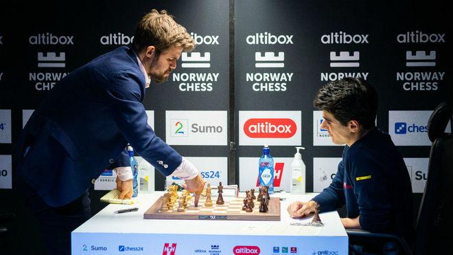 Imagen de la partida entre Carlsen y Tari.