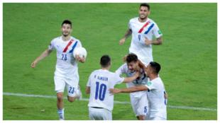 Los jugadores de Paraguay celebrando el gol ante Venezuela
