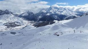 Las estaciones de esquí españolas suman a su propio protocolo...