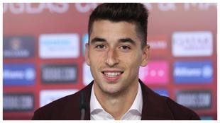 Marc Roca, en su presentación con el Bayern.