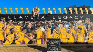 Mural de los Lakers campeones en Los Angeles.