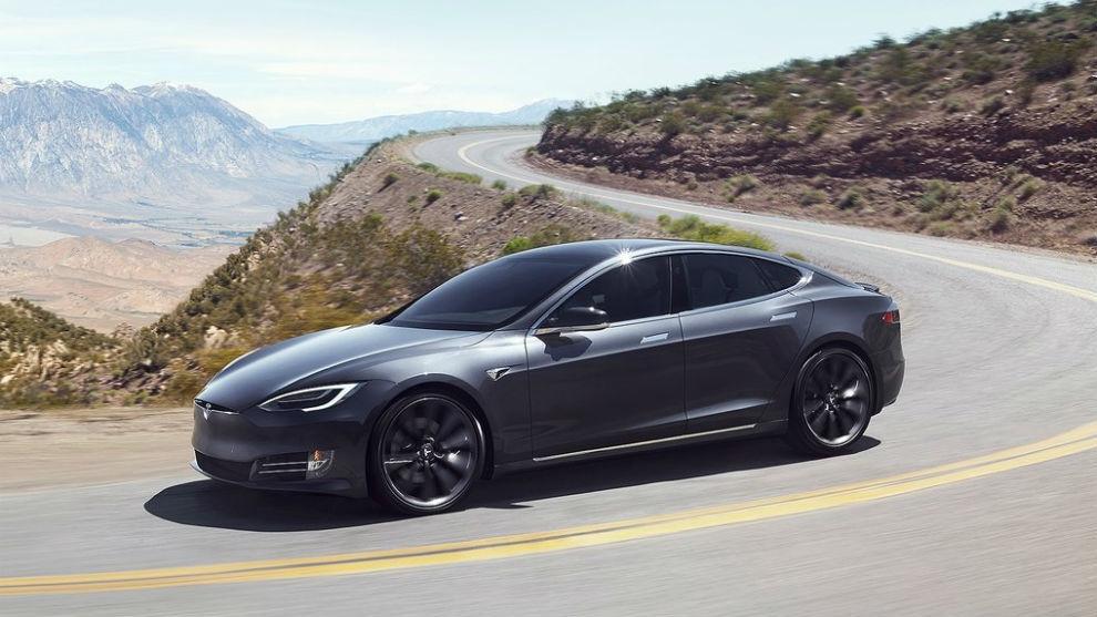 La versión de acceso del Model S alcanza los 650 kilómetros de autonomía.
