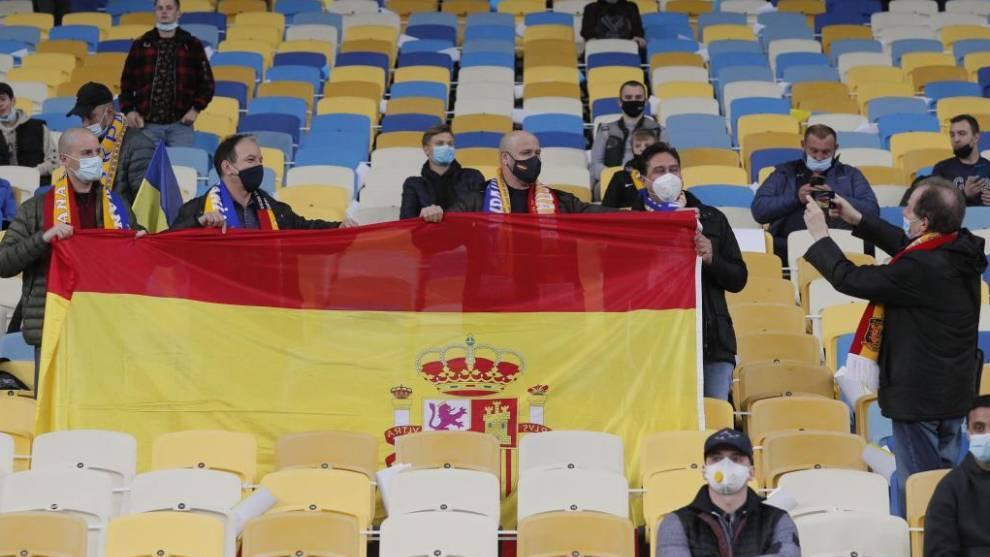 Aficionados españoles en el Ucrania-España en Kiev