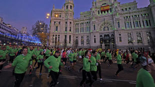 Miles de corredores, en la edición de 2019