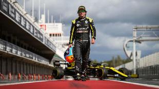 Fernando Alonso, durante el test del pasado martes con Renault.