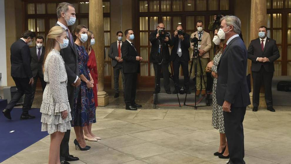 Así fue la entrega del Premio Princesa de Asturias a Carlos Sainz, acompañado de su mujer y sus hijos