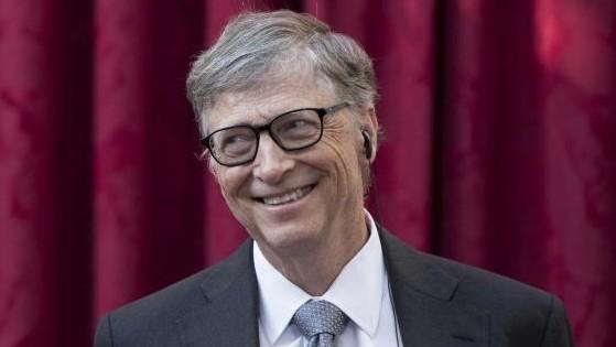 Bill Gates predice cuándo y cómo se saldrá de la pandemia