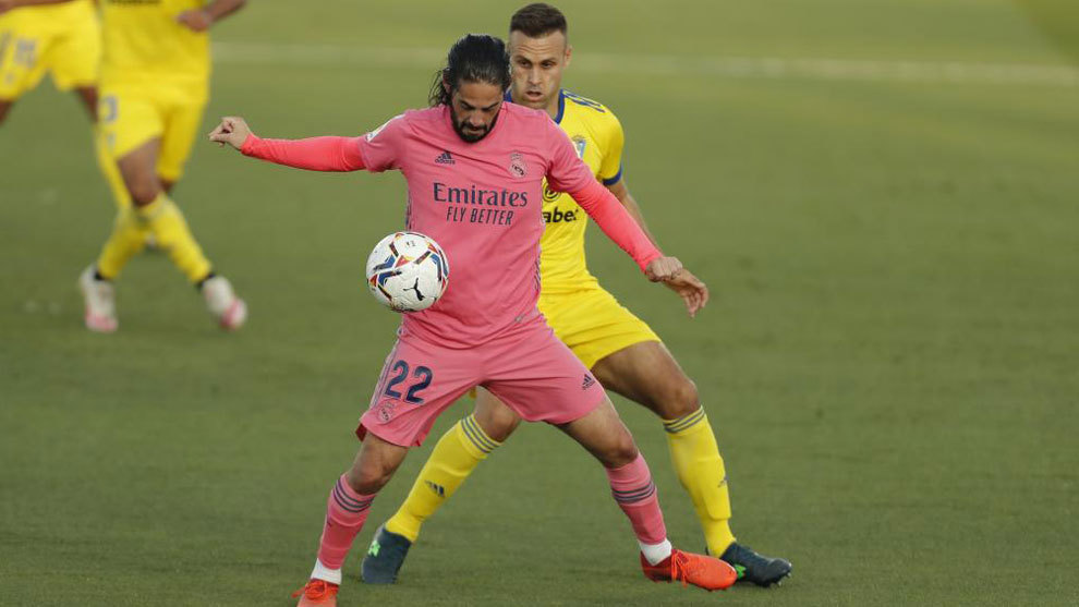 Real Madrid ratings vs Cadiz: Isco and Lucas Vazquez miss their chances