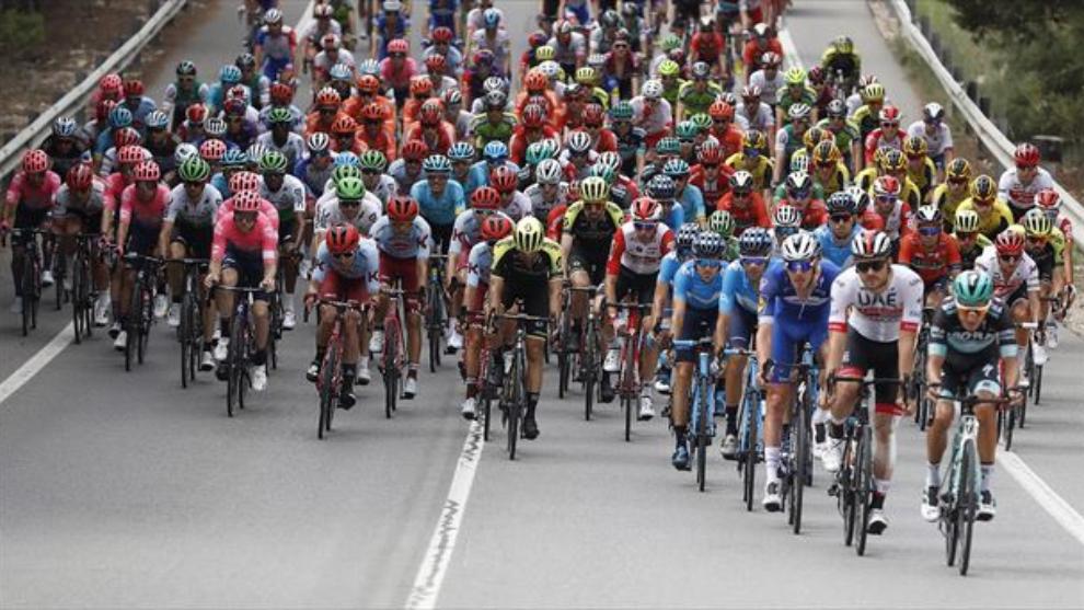 El drama del ciclismo español: Más de 400 días sin victorias de etapa en una grande