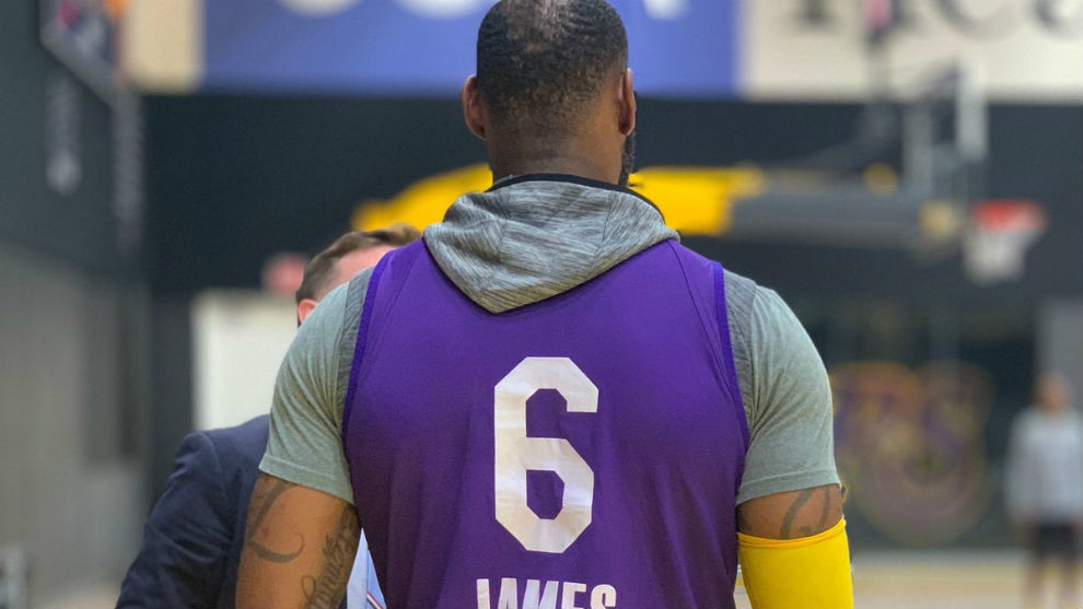 Nike deal means LeBron James will wear No.6 and Anthony Davis will ...