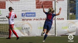Deyna Castellanos celebra un gol con el Atlético de Madrid en Huelva.