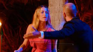 La isla de las tentaciones 2: Mayka y Pablo, durante la hoguera...