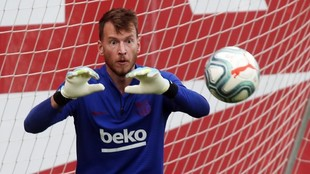 Neto, en una sesión con el Barcelona.