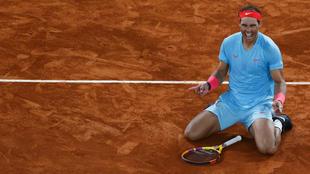 Rafa Nadal celebra su victoria en la final de Roland Garros.