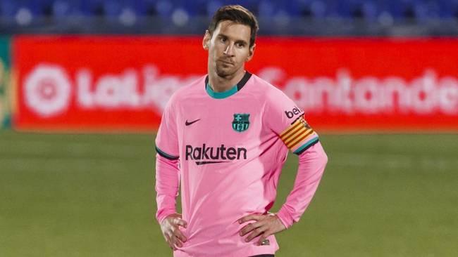 Messi baja de su pedestal