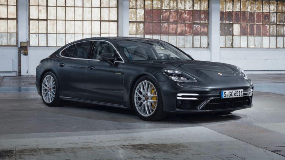 El Porsche Panamera se dispara hasta los 700 CV en la versión Turbo S E-Hybrid