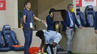 Gracia da muestras de desaprobación en el duelo entre Villarreal y...