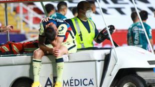 Nicolás Benedetti tras lesionarse ante el León.