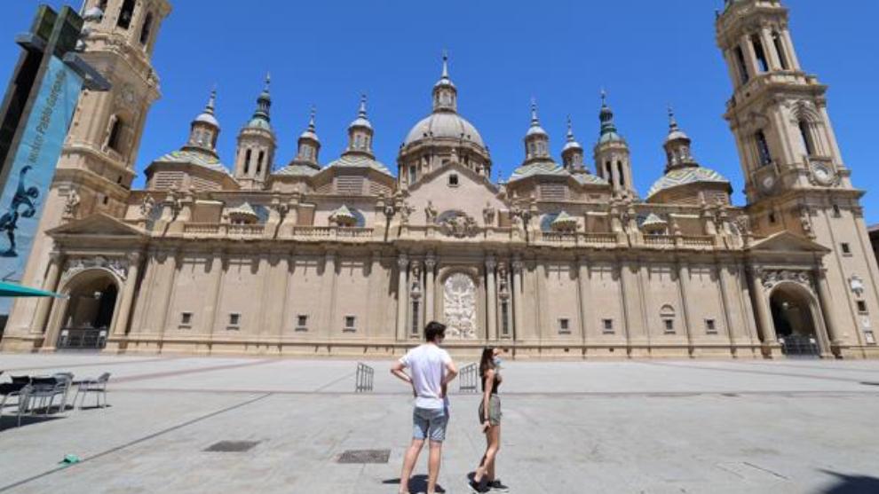 Aragón confina perimetralmente las ciudades de Zaragoza, Huesca y...