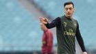 Mesut Özil en una sesión de entrenamiento con el Arsenal