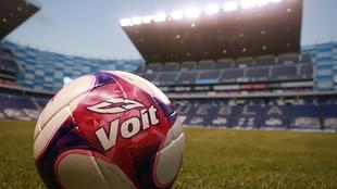 El Estadio Cuauhtémoc previo a un partido de Liga MX