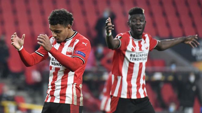 El PSV de Erick Gutiérrez no pudo ante el Granada.