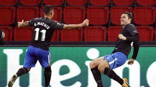 Jorge Molina celebra su gol