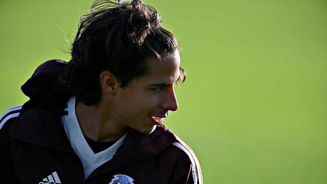Lainez busca jugar más en España.