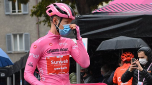 Kelderman, antes de la salida de la etapa de hoy.
