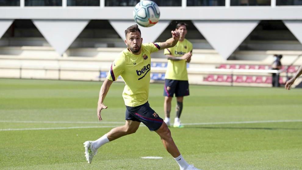 Jordi Alba, en un entrenamiento del Barcelona.