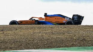 Carlos Sainz, durante los Libres 2 del GP de Portugal 2020.