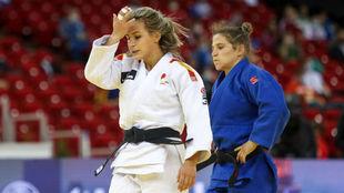 Laura Martínez se lamenta de la derrota ante Ganbataar.