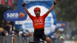 Cerny celebra su triunfo en Asti