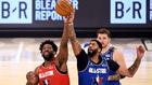 Salto entre Embiid y Davis en el último All Star de la NBA celebrado...