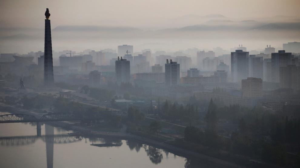 Corea del Norte afirma que el polvo que llega de China puede llevar el coronavirus al país