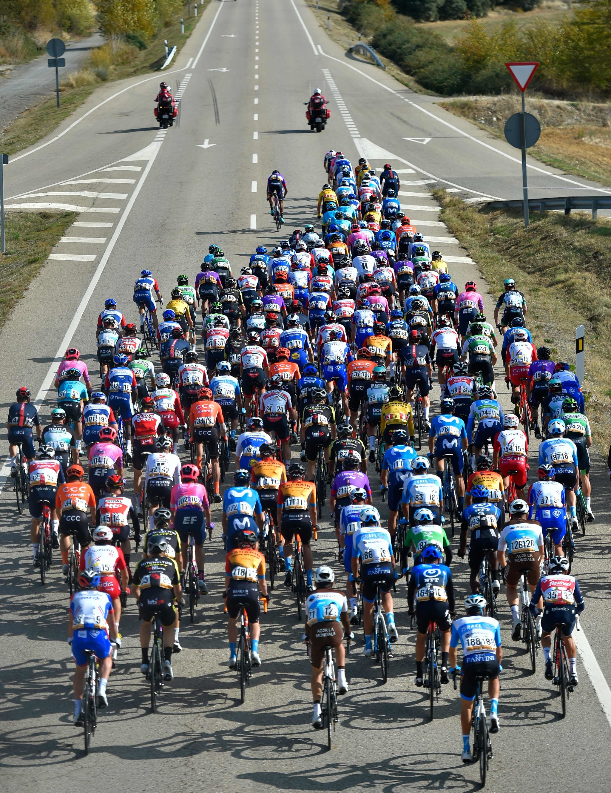 The pack competes in the 5th stage of the 2020 La lt;HIT gt;Vuelta lt;/HIT gt; cycling tour of Spain, a 184,4-km race from Huesca to Sabinanigo, on October 24, 2020. (Photo by ANDER GILLENEA / AFP)
