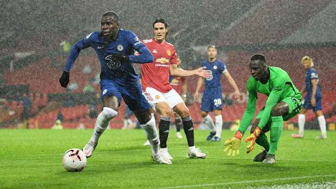 Manchester United vs Chelsea, empate sin goles en Old Trafford.