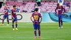 Los jugadores del Barça, cabizbajos.