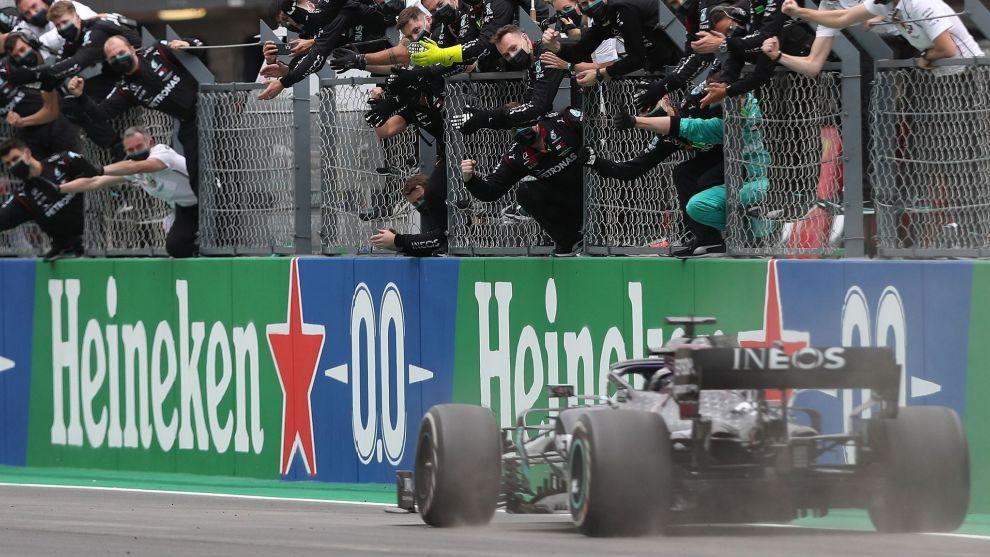 ¡Hamilton supera a Schumacher y logra su victoria 93!