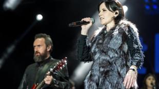 Dolores O'Riordan durante un concierto en 2017 (Foto: EFE).