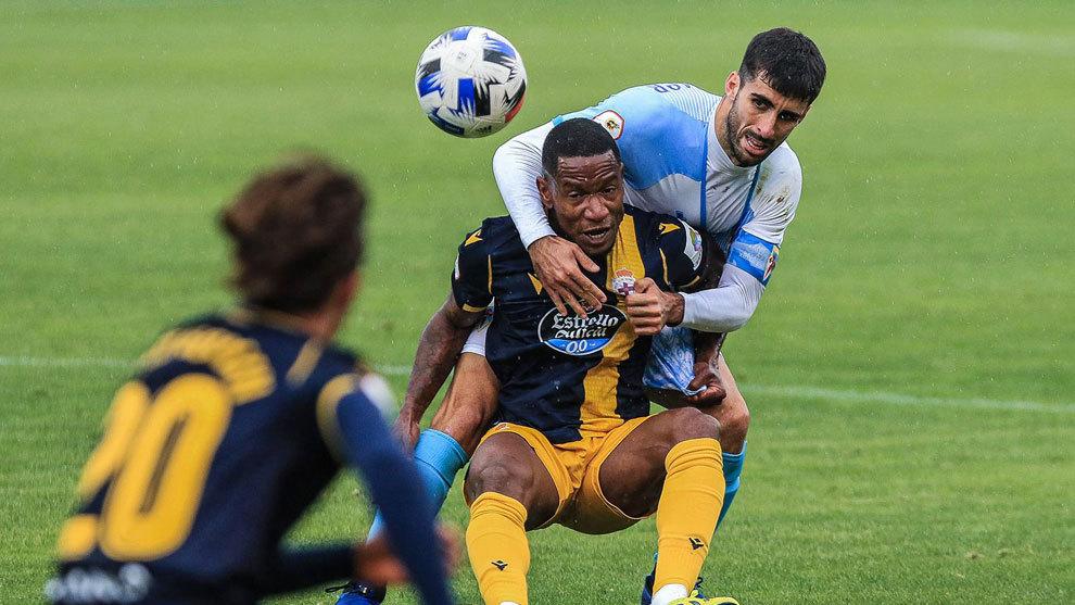 Un Deportivo poco ambicioso se lleva un punto de Compostela